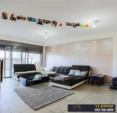 עדכני בתים למכירה כפר יונה והשרון | דירות למכירה בנתניה | צמפיונס אלופי AE-88